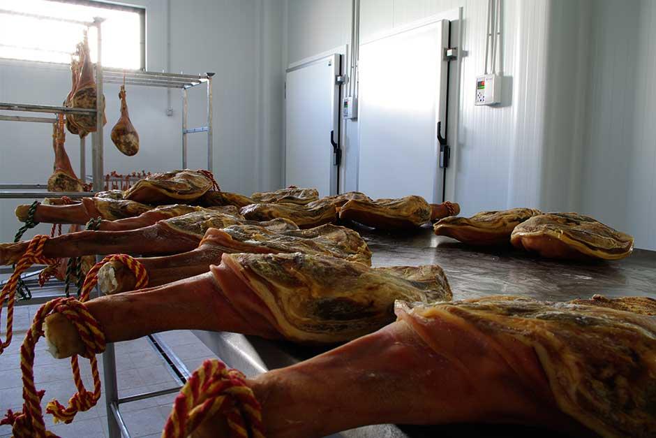 producción y secado de jamones